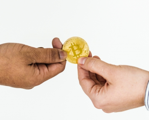 who accepts bitcoin - companies that sell through bitcoin in 2020